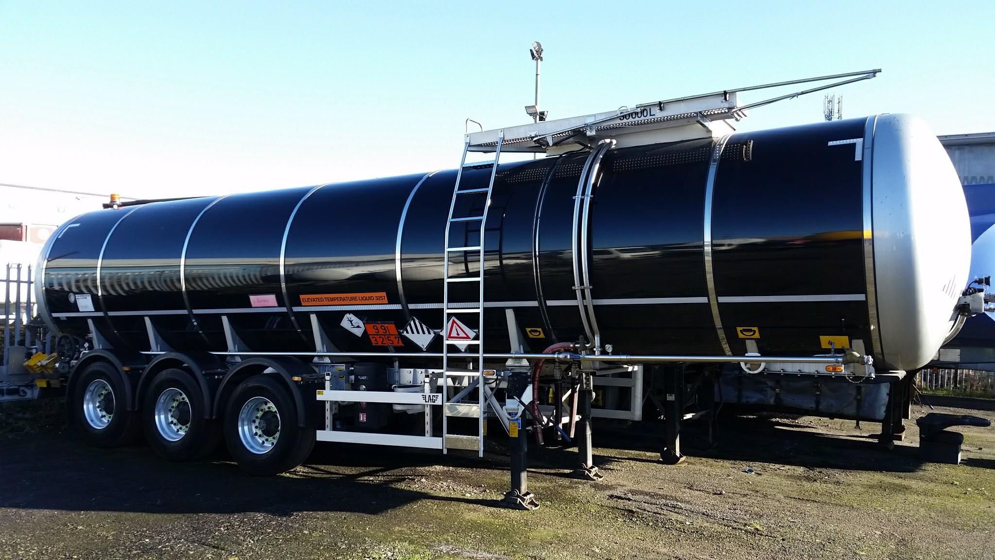 10000l 4x2 Dongfeng Flammable Liquid Tank Truck Transport